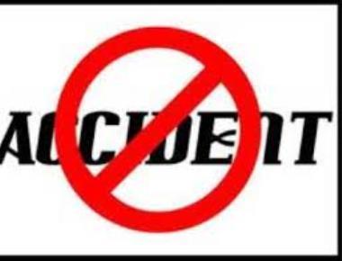 Car overturns in Moodabidri; no casualities