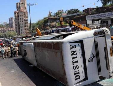 One dead, 14 hurt in Vikhroli bus accident