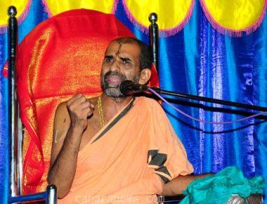 Adamaru Vishwapriya swamiji says Krishna's idol did not move to left on it's own