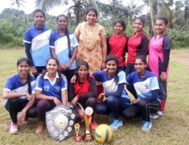 St Agnes Degree College sports team shines in throwball, tug-of-war