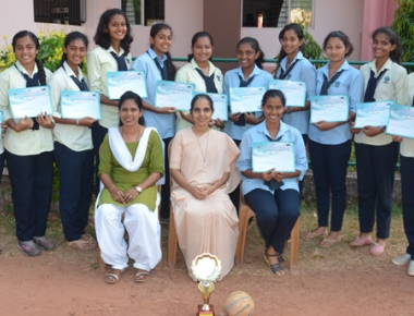 St Agnes PU College emerge winners of district handball tourney