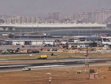 Mumbai airport's main runway to remain shut for 6 hours for 2 days