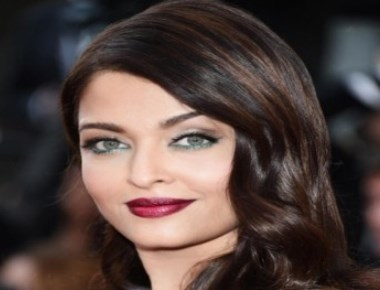 It's ice creams, croissants for Aishwarya at Cannes