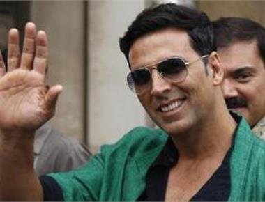 rs deserve to be paid more than film stars: Akshay