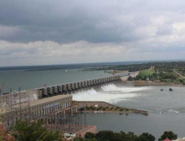 Record water discharge from Almatti dam