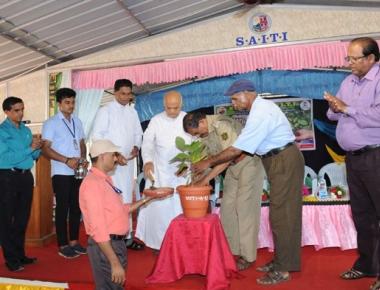 St Aloysius ITI celebrates World Environment Day, salutes Fr Santhosh Kamath