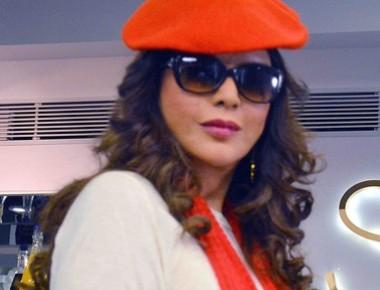 Zeenat aman debuts in super glam avatar web called love