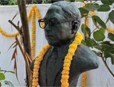 Prez, PM pay tributes to Ambedkar