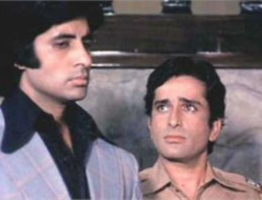 Stood no chance with men like Shashi Kapoor around: Bachchan