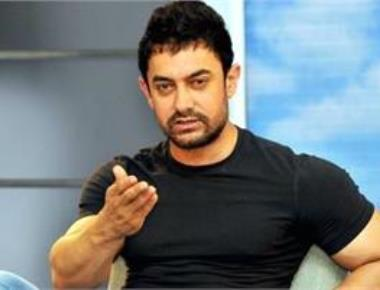 Opening theaters in remote areas will help film industry:Aamir