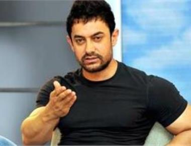 I move stardom out of my way to work properly: Aamir Khan