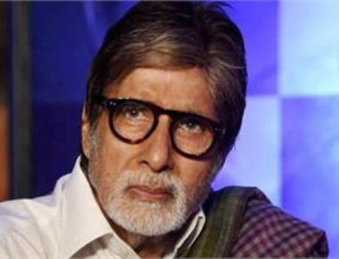 Amitabh Bachchan and other celebs urge people to help flood-hit Kerala