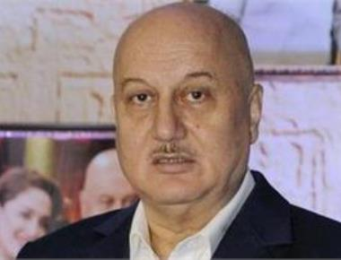 Anupam Kher slams filmmakers for returning National Award