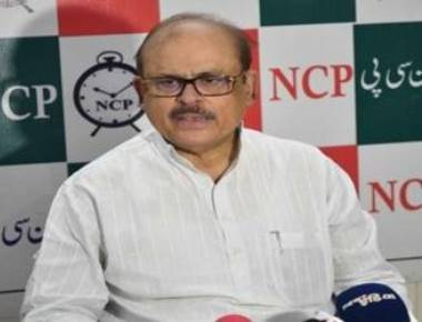 Tariq Anwar quits NCP, LS after Pawar praises Modi