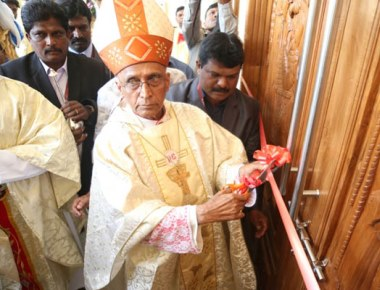 Archbishop Dr Moras inaugurates St Anthony's Church