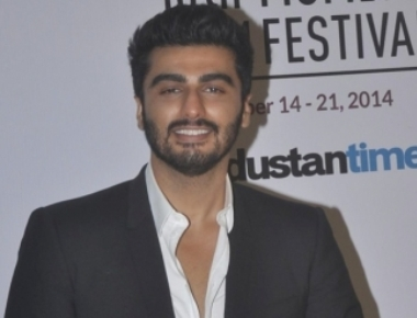 Arjun Kapoor reacts on his link-up with Sonakshi