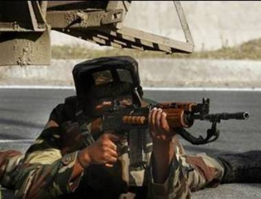 Army official killed in Kashmir gunfight