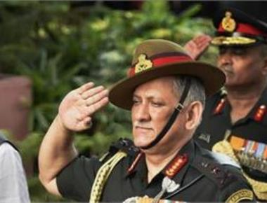 Army chief visits LoC posts in JK; directs troops to