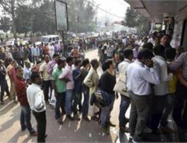 Demonetisation:Queues get shorter at banks; no respite at ATMs