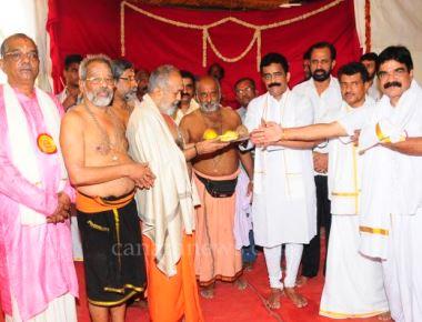 26th year Ayyappa Mahapooja at Shri Ganapati, Ayyappa Durgadevi Mandir at Nerul (East)