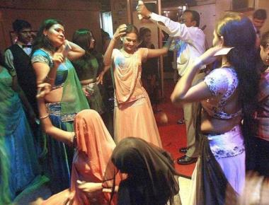 Dance bar without liquor is absurd: Supreme Court