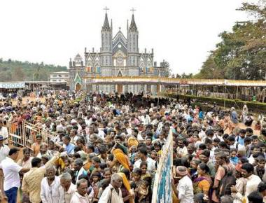 2,500 needy persons given alms at Attur basilica