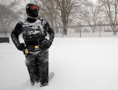Blizzard paralyzes New York and Washington, 19 reportedly dead