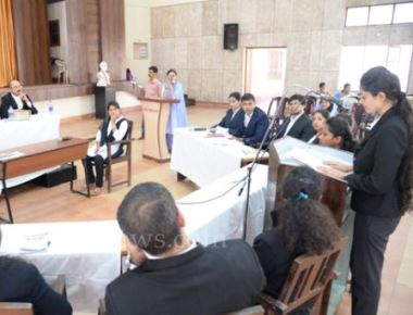 Besant Women's College holds mock trial in consumer law