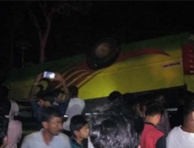 10 injured as bus topples in Belthangady