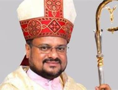 Jalandhar bishop hands over administrative charge, catholic priests join protest