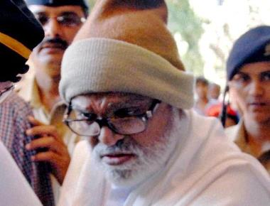 J.J. wants Bhujbal shifted out for cardio tests