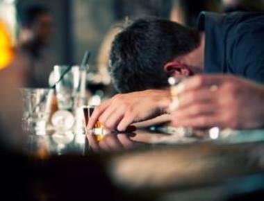 Beware! Binge drinking can kill you in sleep