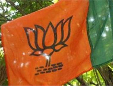 BJP seeks mass transfer of police officials in poll-bound UP