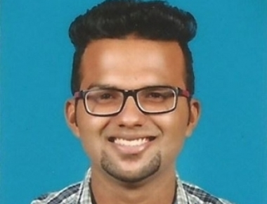 Blynal Basil Quadros gets Gold medal from Mangalore University