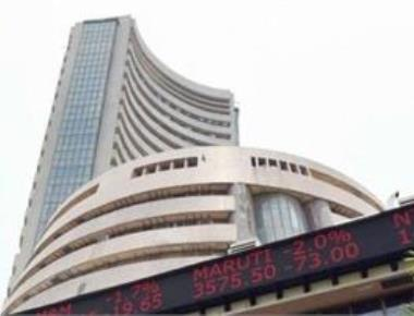 Sensex vaults 293 pts on robust buying, shrugs off crude oil spike