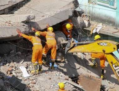 3 dead as Bhiwandi building comes crashing down