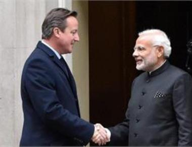 Modi holds talks with Cameron, eyes more British investment