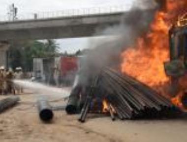 Cauvery row; violence erupts, Bengaluru on edge