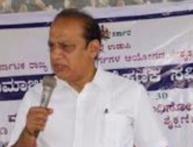 Dr Gerald Isaac Lobo, Bishop of Udupi Diocese to felicitate Sri Vishweshateertha Swamiji of Pejawar Math