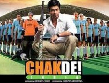 10 years on, SRK and team relive the 'Chak De!' journey