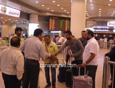 Tulu fim release Chandikori - Artist arrival in Kuwait.