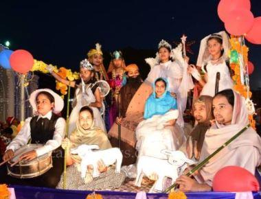 Diocese of Mangalore holds mega vehicle rally to mark Christmas Celebration