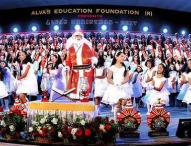 'Christmas a symbol of peace'