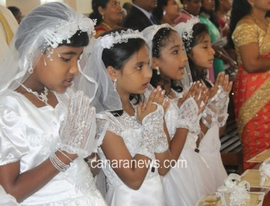 Seven children received First Holy Communion at Milagres Cathedral, Kallianpur