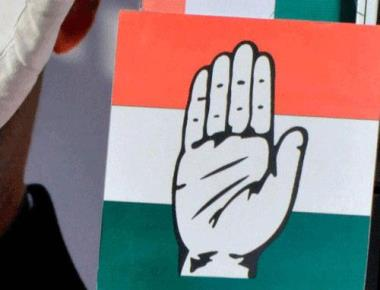 Congress retains both seats in Karnataka
