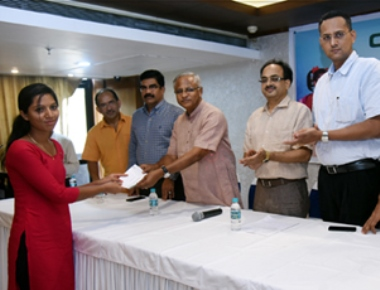 CREDAI gives scholarships to children of construction workers