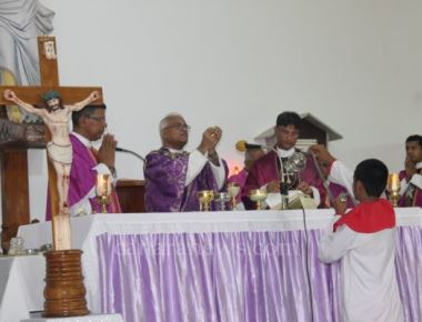 Udupi Deanery level Way of the Cross held at Kuntalnagar parish premises with devotion