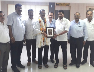 MCC Mayor Bhasker Moily felicitated by SCDCC bank