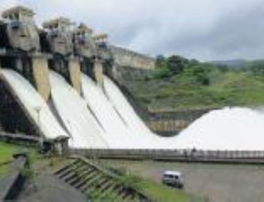 Soaring mercury may deplete water storage in state's dams