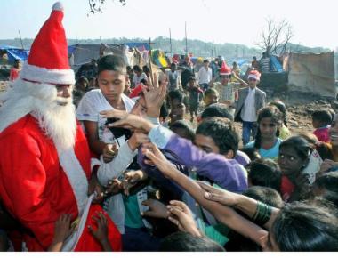 Christmas cheer for children of fire-ravaged Damu Nagar